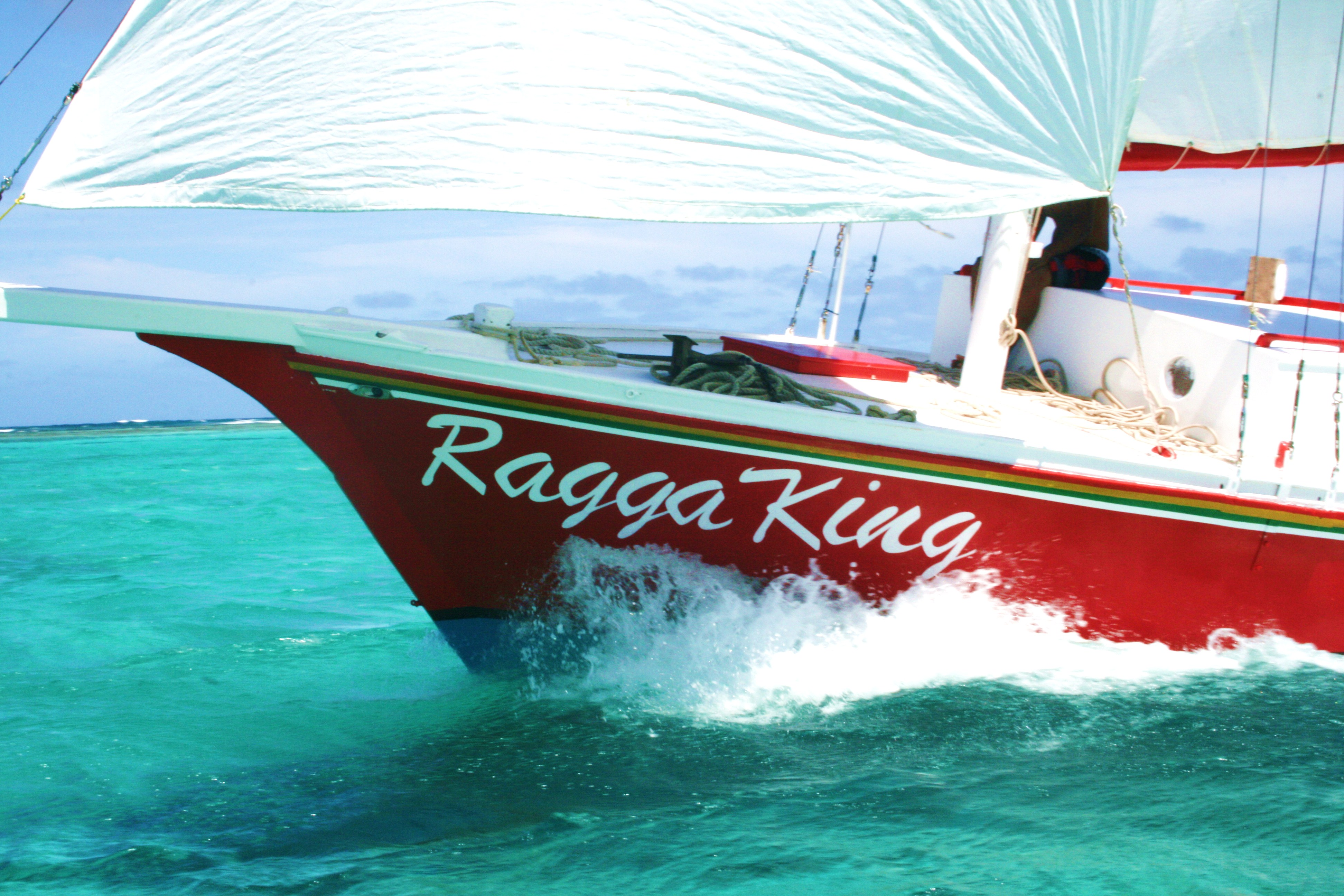 Belize Sailing Tours